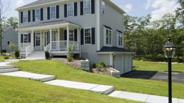 22-roof-options-available-hip-roof